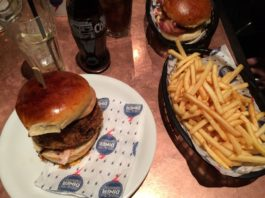 Bedste burger i London - Juicy Lucy
